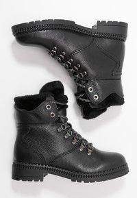 Tamaris - Snørestøvletter - black lea - 3