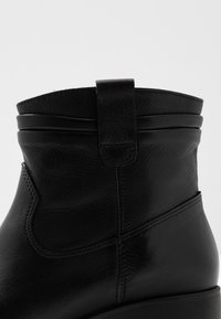 Tamaris - Bottines à plateau - black