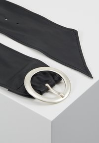Tamaris - Waist belt - schwarz - 3