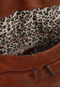 Tamaris - BERNADETTE SATCHEL BAG - Handbag - cognac - 4