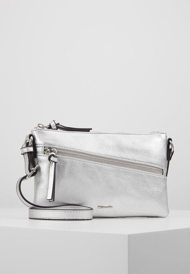 ALESSIA - Taška spříčným popruhem - silver