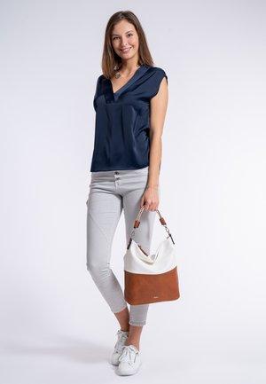 TAMARIS BEUTEL ANNELIE - Shopping Bag - cognac