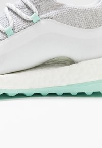 adidas Golf - PUREBOOST - Golfové boty - white/grey/clearmint - 5