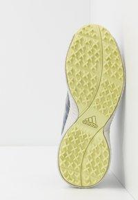 adidas Golf - RESPONSE BOUNCE 2 SL - Golfové boty - tech indigo/footwear white/yellow tint - 4