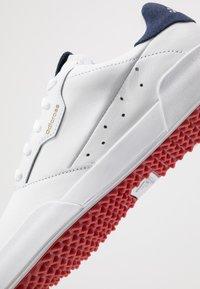 adidas Golf - ADICROSS RETRO - Golfsko - footwear white/silver metallic/tech indigo - 5