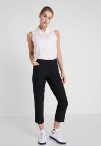 adidas Golf - ULTIMATE STRIPE SLEEVELESS  - Camiseta de deporte - white/glow pink - 1
