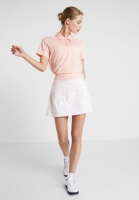 adidas Golf - ULTIMATE PRINTED SKORT - Gonna sportivo - glow pink - 1