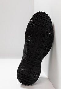 adidas Golf - CP TRAXION - Chaussures de golf - core black/carbon/iron metallic - 4