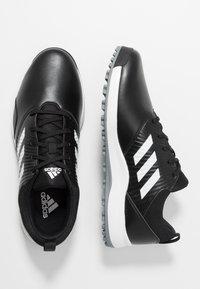 adidas Golf - TRAXION - Golfsko - core black/footwear white/silver metallic - 1