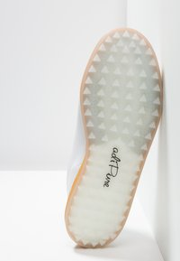 adidas Golf - ADIPURE SP - Golfkengät - footwear white/black blue metallic - 4