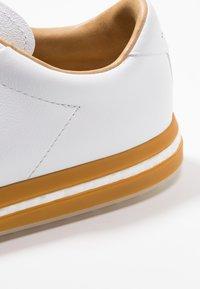 adidas Golf - ADIPURE SP - Golfkengät - footwear white/black blue metallic - 5