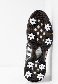 adidas Golf - TOUR360 XT PRIMEKNIT - Golfové boty - core black/footwear white/silver metallic - 4