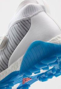 adidas Golf - CODECHAOS - Golfskor - white/solar red/solid grey - 5