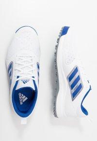 adidas Golf - CP TRAXION SL - Golfové boty - footwear white/team royal blue/silver metallic - 1