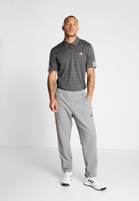 adidas Golf - STRIPE COLLECTION - Koszulka polo - black/grey three - 1
