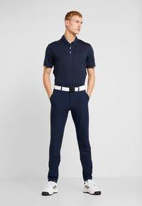 adidas Golf - HEAT RDY STRIPE - Funktionstrøjer - collegiate navy/night navy - 1