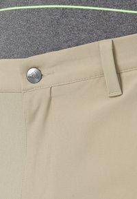 adidas Golf - SHORT - Short de sport - raw gold - 5