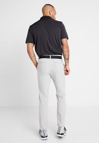 adidas Golf - TAPERED PANTS - Chino kalhoty - grey - 2