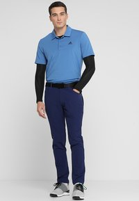 adidas Golf - BEYOND FIVE POCKET PANTS - Tygbyxor - dark blue - 1