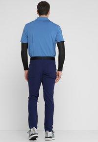 adidas Golf - BEYOND FIVE POCKET PANTS - Tygbyxor - dark blue - 2