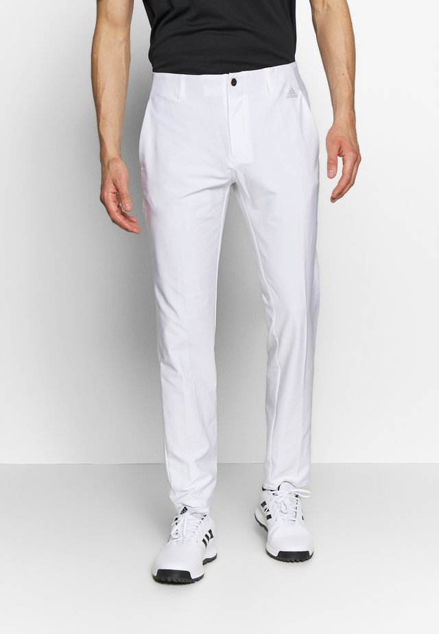 ULTIMATE TAPERED PANT - Bukser - white