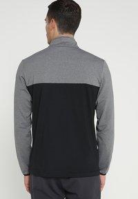 adidas Golf - 3 STRIPES COMPETITION 1/4 ZIP - Langærmede T-shirts - black heather/black - 2