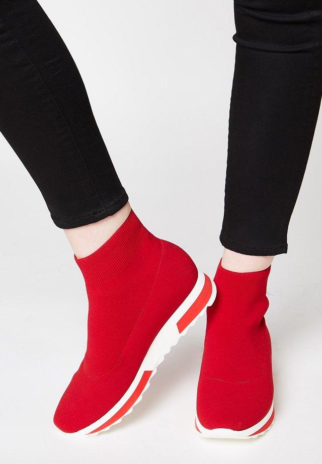 STYLISCHER  - Sneakers hoog - rot