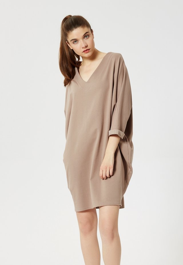 ROBE - Jersey dress - cappuccino