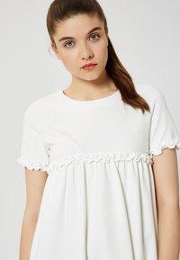 Talence - Jersey dress - écru - 4