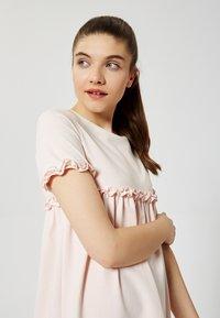 Talence - Jersey dress - rose pouding - 3
