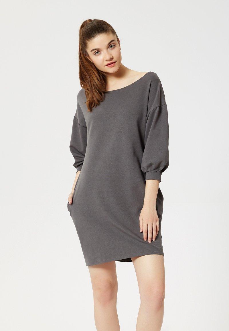 Talence - Day dress - graphite