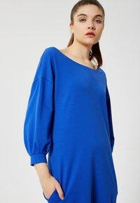 Talence - Day dress - bleu barbeau - 3
