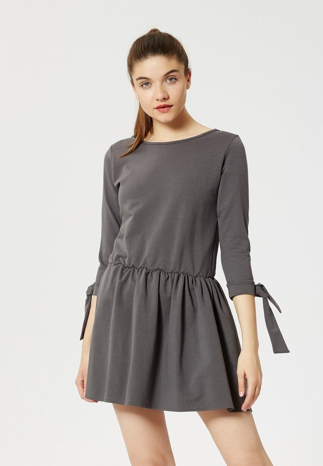 ROBE - Jersey dress - graphite