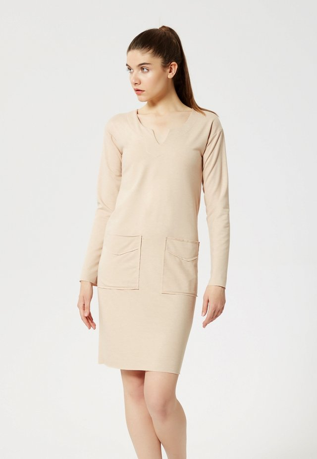 Shift dress - nude