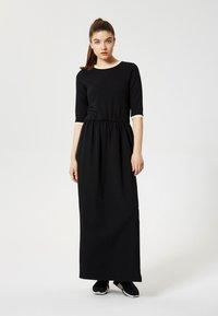 Talence - Maxi dress - noir - 1