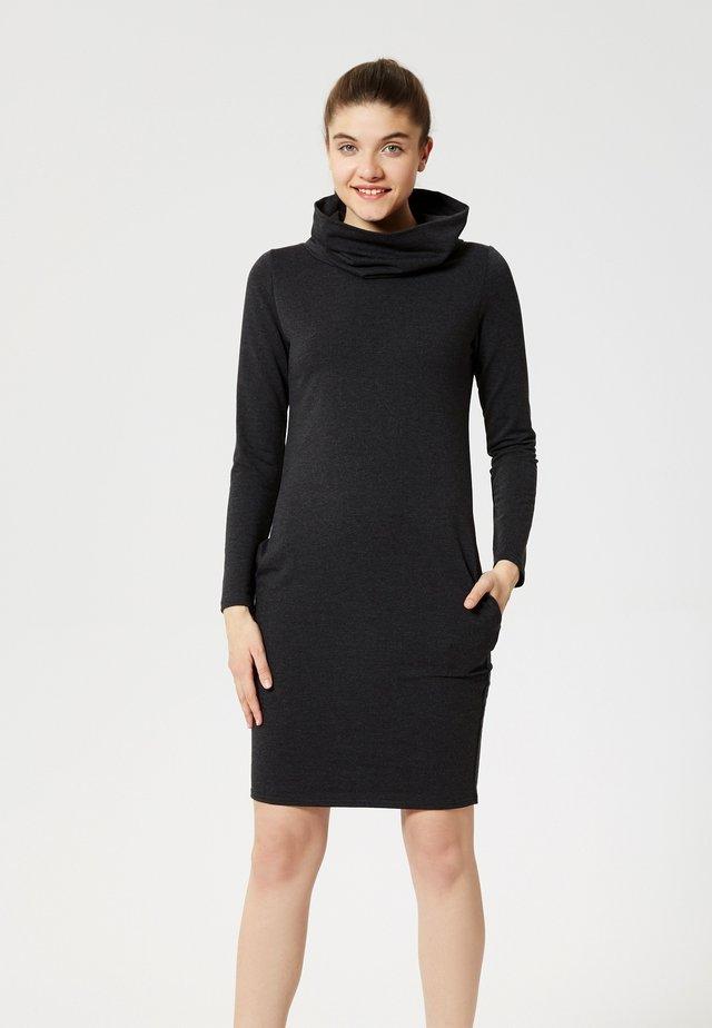 Fodralklänning - graphit melange