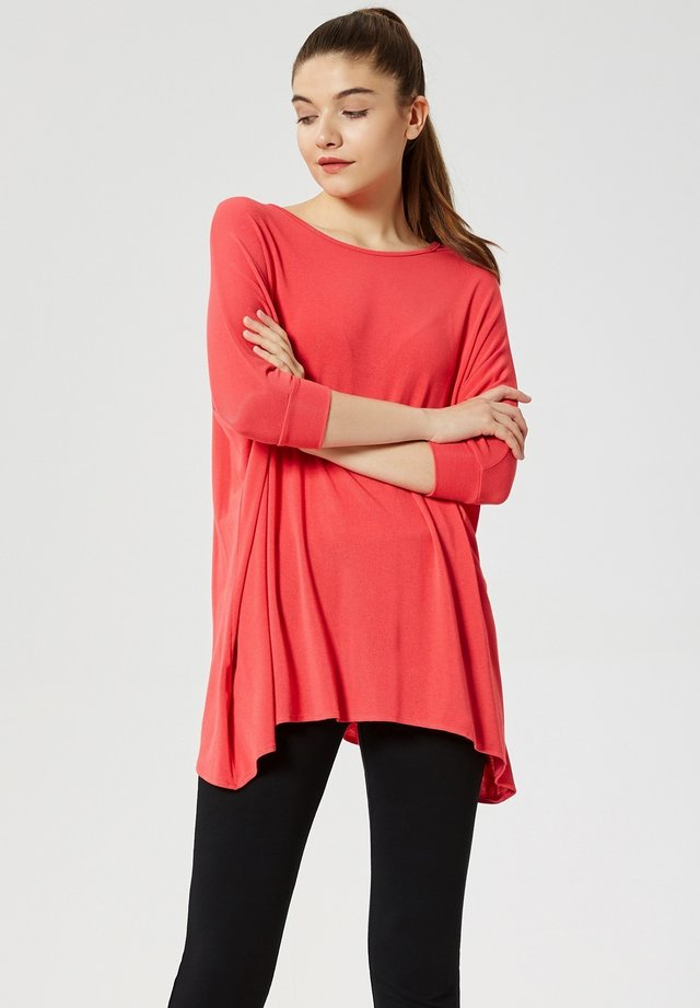 Long sleeved top - koralle
