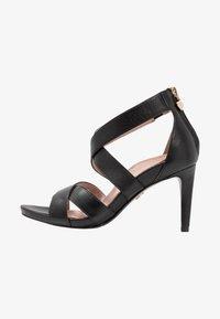 Tamaris Heart & Sole - Korolliset sandaalit - black - 1