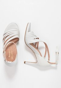 Tamaris Heart & Sole - Korolliset sandaalit - white pearl - 3