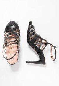Tamaris Heart & Sole - Korolliset sandaalit - black - 3