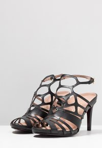 Tamaris Heart & Sole - Korolliset sandaalit - black - 4