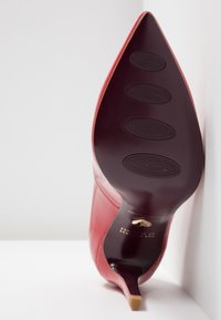Tamaris Heart & Sole - Korolliset avokkaat - red - 6