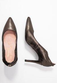 Tamaris Heart & Sole - High heels - bronce - 3