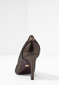 Tamaris Heart & Sole - High heels - bronce - 5
