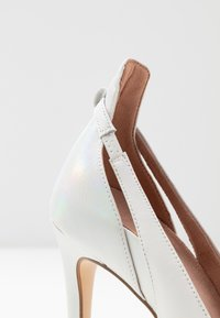 Tamaris Heart & Sole - COURT SHOE - Hoge hakken - white/pearl - 2