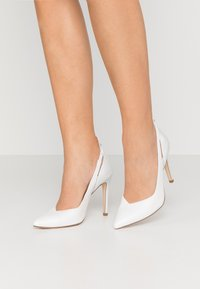 Tamaris Heart & Sole - COURT SHOE - Hoge hakken - white/pearl - 0
