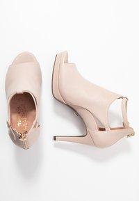 Tamaris Heart & Sole - Kotníková obuv na vysokém podpatku - nude - 3