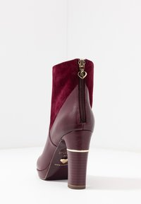 Tamaris Heart & Sole - High heeled ankle boots - bordeaux - 5