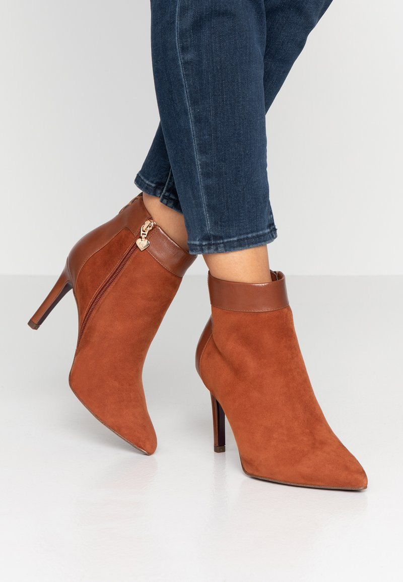 Tamaris Heart & Sole - High heeled ankle boots - cognac