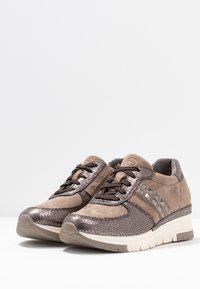 Tamaris Pure Relax - Sneakers - taupe/pewter - 4